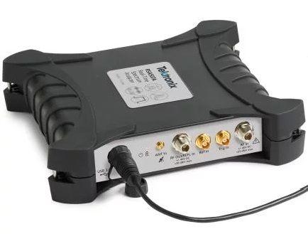 RSA518A Tektronix Spectrum Analyzer